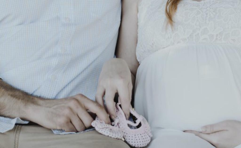 Les prestacions per maternitat estan exemptes de l'impost sobre la renda de les persones físiques (IRPF)